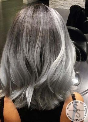 Femme 50 Ans Naturally White Silver Grey Hair 85 Idees De