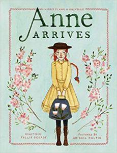 Anne arrive