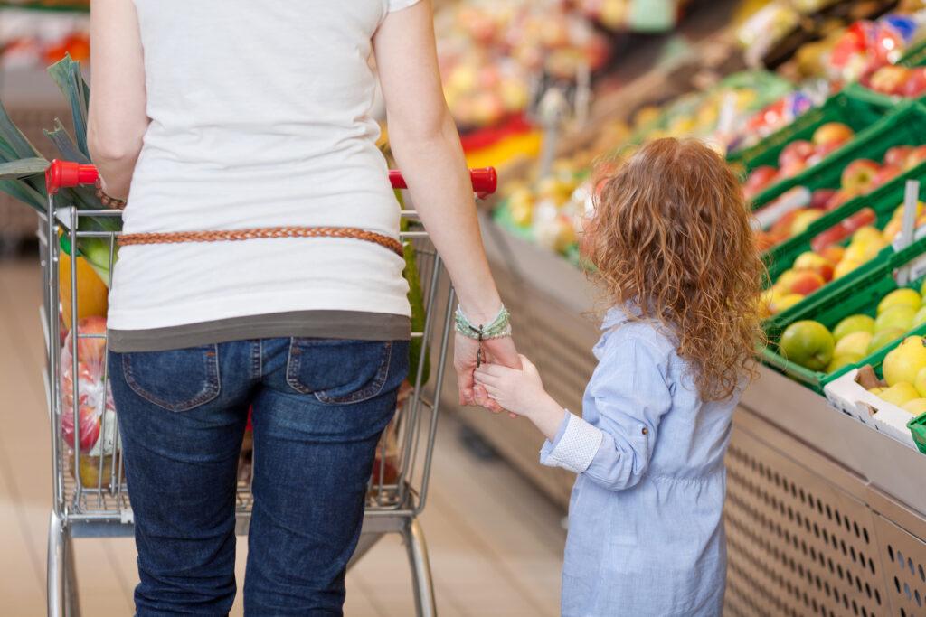 """La puissance du fruit de l'esprit dans les moments où vous en avez le plus besoin est si douce pour une mère en difficulté. Nous devons être des mères qui l'offrent à d'autres mères. via @ Club31Women """"data-pin-description ="""" Le pouvoir du fruit de l'esprit dans les moments où vous en avez le plus besoin est si doux pour une mère en difficulté. Nous devons être des mères qui l'offrent à d'autres mères. via @ Club31Women """"data-pin-nopin ="""" """"data-pin-url ="""" https://club31women.com/fruit-of-the-spirit-unlowed-places/ """"src ="""" https://club31women.com /wp-content/uploads/The-Fruit-of-the-Spirit-in-Unllike-Places.png """"/><noscript><p><img class="""