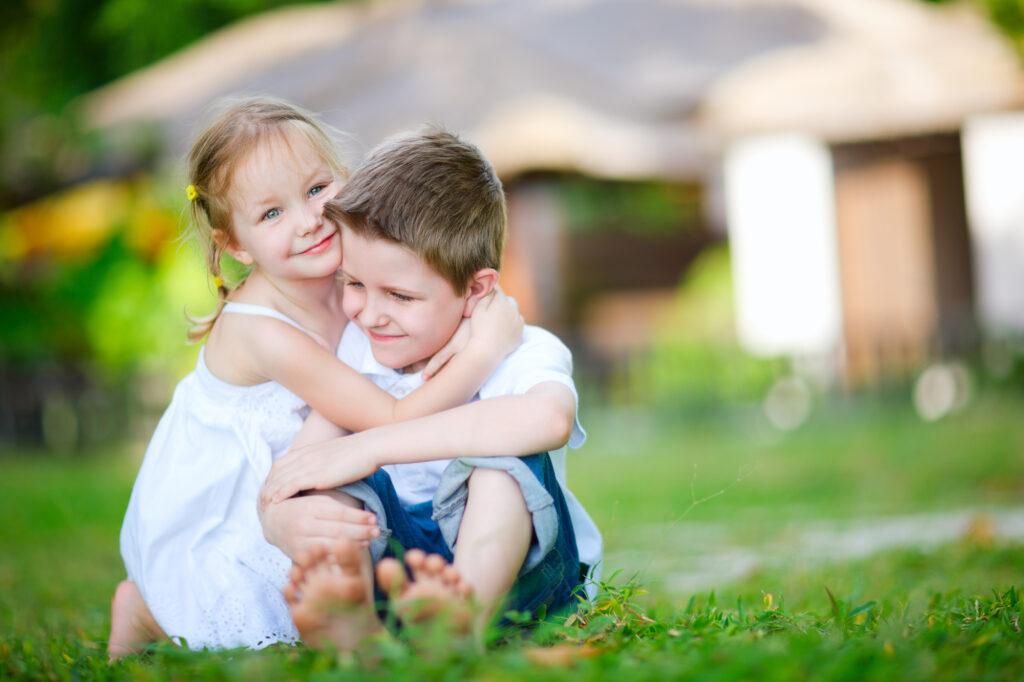 """Comment enseignez-vous à vos enfants comment être heureux? Voici 10 habitudes de bonheur à transmettre à vos enfants et à leur permettre de réussir leur vie adulte. via @ Club31Women """"data-pin-description ="""" Comment enseignez-vous à vos enfants comment être heureux? Voici 10 habitudes de bonheur à transmettre à vos enfants et à leur permettre de réussir leur vie adulte. via @ Club31Women """"data-pin-url ="""" https://club31women.com/best-habits-happy-children/ """"src ="""" https://club31women.com/wp-content/uploads/How-to-Pass -on-the-10-Best-Habits-for-Happy-Children.png """"/><noscript><p><img class="""