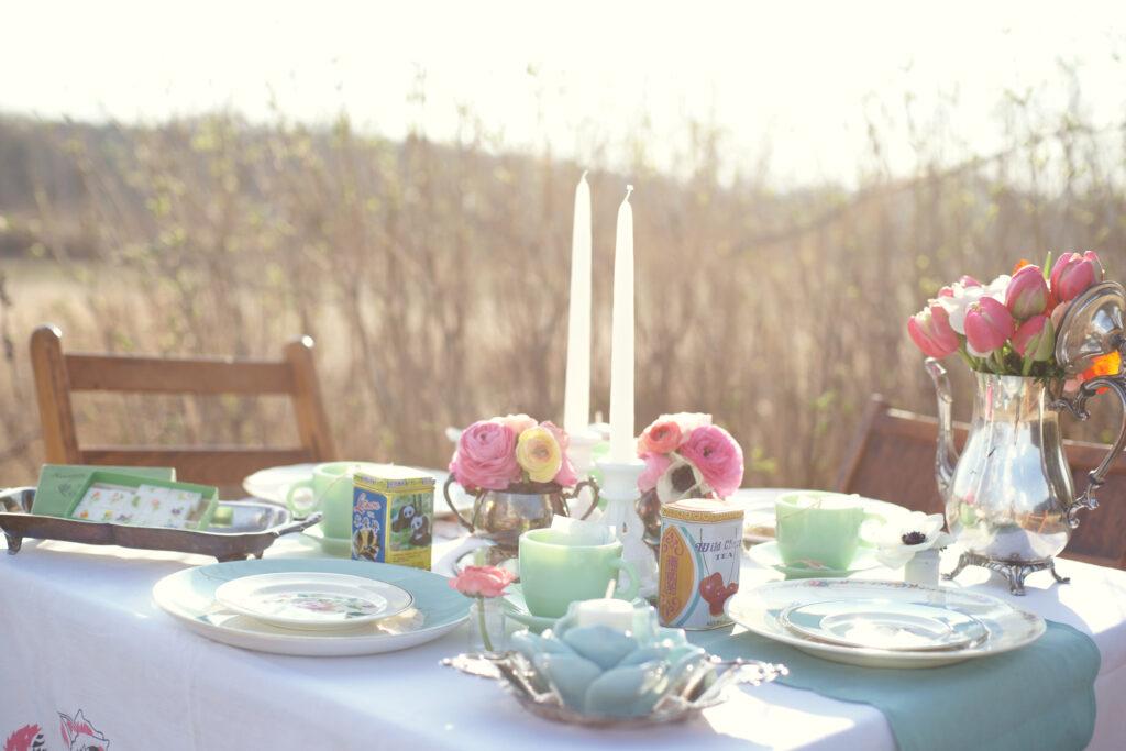 """Vous voulez organiser un joli thé, mais vous ne savez pas par où commencer? Voici 4 étapes simples pour organiser le thé le plus délicieux (recette incluse)! via @ Club31Women """"data-pin-description ="""" Vous voulez organiser un joli thé, mais vous ne savez pas par où commencer? Voici 4 étapes simples pour organiser le thé le plus délicieux (recette incluse)! via @ Club31Women """"data-pin-url ="""" https://club31women.com/hosting-tea-party/ """"src ="""" https://club31women.com/wp-content/uploads/4-Simple-Steps-To -Hosting-the-Perfect-Tea-Party.png """"/><noscript><p><img class="""