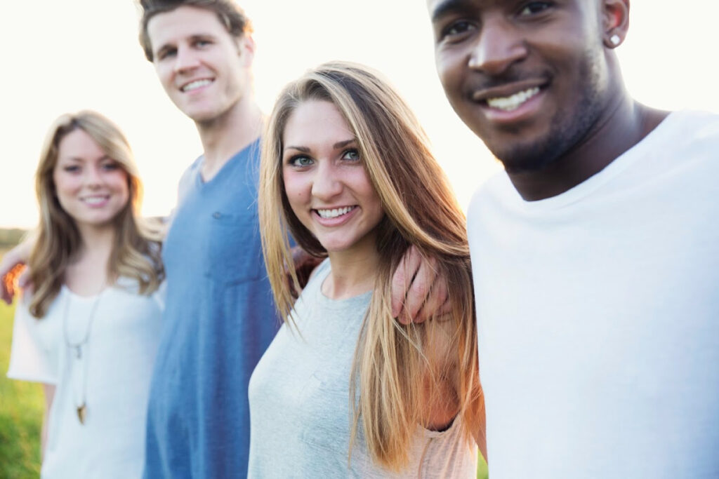 """Nos jeunes sont confrontés à un avenir incertain et nouveau à venir et nous devons les aider à suivre une voie droite et à garder espoir pour ce qui nous attend. via @ Club31Women """"data-pin-description ="""" Nos jeunes sont confrontés à un nouvel avenir incertain et nous devons les aider à suivre une voie droite et avoir encore de l'espoir pour ce qui nous attend. via @ Club31Women """"data-pin-url ="""" https://club31women.com/helping-young-people-navigate-new-future/ """"src ="""" https://club31women.com/wp-content/uploads/Helping -Young-People-Navigate-the-New-Future.png """"/><noscript><p><img class="""
