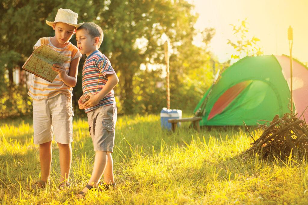 """Vous prévoyez donc d'emmener les enfants en camping? En route pour les grands espaces? Voici quelques bons conseils et une liste de contrôle imprimable gratuite sur ce qu'il faut apporter! via @ Club31Women """"data-pin-description ="""" Vous prévoyez donc d'emmener les enfants en camping? En route pour les grands espaces? Voici quelques bons conseils et une liste de contrôle imprimable gratuite sur ce qu'il faut apporter! via @ Club31Women """"data-pin-url ="""" https://club31women.com/camping-with-kids/ """"src ="""" https://club31women.com/wp-content/uploads/What-You-Need-to -Savoir-et-apporter-si-vous-camping-avec-enfants-liste de contrôle imprimable gratuite.png """"/><noscript><p><img class="""