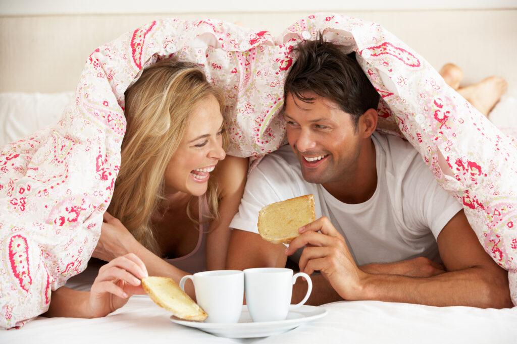 """Avez-vous traversé une mer agitée dans votre mariage? Souhaitez-vous que vous deux étiez plus proches? Voici 7 façons inspirantes de raviver la romance! via @ Club31Women """"data-pin-description ="""" Avez-vous traversé une mer agitée dans votre mariage? Souhaitez-vous que vous étiez plus proches tous les deux? Voici 7 façons inspirantes de raviver la romance! via @ Club31Women """"data-pin-url ="""" https://club31women.com/rekindle-romance-marriage/ """"src ="""" https://club31women.com/wp-content/uploads/How-to-Rekindle-Romance -Quand-votre-mariage-est-dans-une-rude-saison.png """"/><noscript><p><img class="""