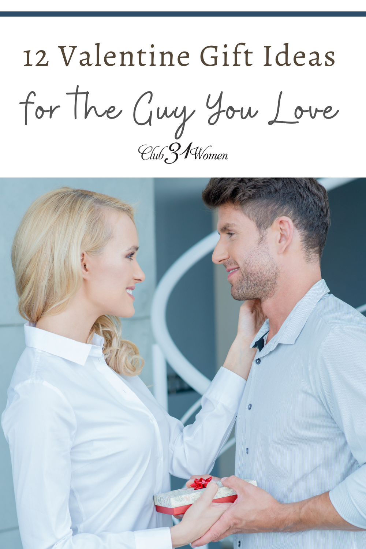 Trouver de nouvelles idées de cadeaux pour votre mari peut être un défi - et certaines plus difficiles que d'autres.  Pourquoi ne pas lui donner quelque chose qu'il aimera?  via @ Club31Women
